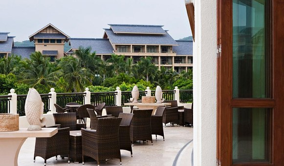 Hotel, Restaurant, Patio, Outdoor Furniture