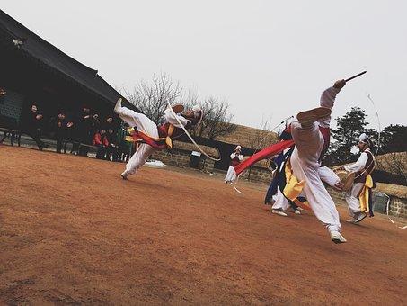 Madang Play, Republic Of Korea, Traditional