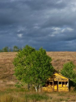Yellow, Wooden Shed, Building, Thunderstorm