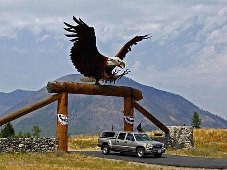 Overdimensional, Gate, Metal Bald Eagle, Ranch