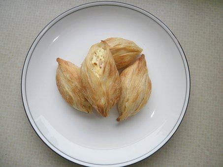 Pastizzi, Cheese Pastizzi, Malta, Fast Foods, Plate