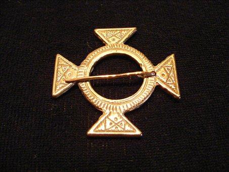 Primer, Carolingian, Bronze