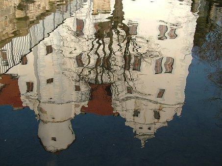 Mirroring, Pond, Castle Schönfeld, Schoenfeld, Saxony