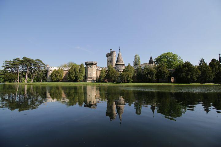 Laxenburg, Castle, Castle Pond, Lake, Mirroring