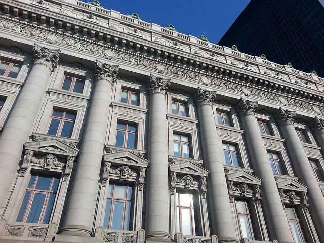 New York, Cornerstone, Architecture