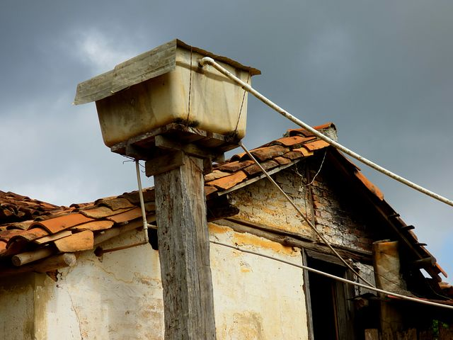 Water Box, Farm, Sky, Roof, Home, Old, Construction