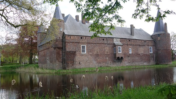 Castle, Hernen, Fourteenth Century, Castle Moat