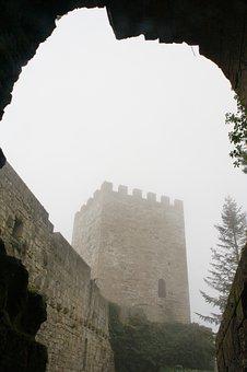 Italy, Sicily, Enna, Winter, Fog