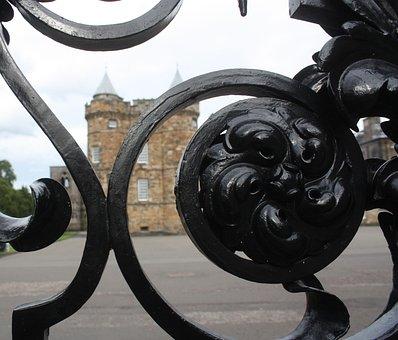 Edinburgh, Scotland, Palace Of Holyroodhouse, Fence