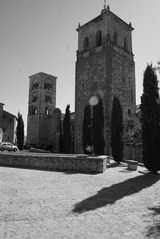 Church, Plasencia, Black And White, Trees, Old Age