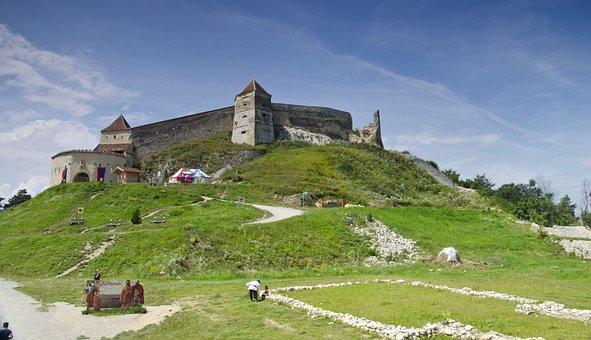 Pesants Castle, Rasnow, Romania, The Walls, Monument