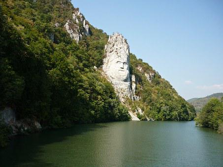 Dubova, Decebalus, Romania