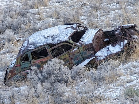 Car Wrack, Wrack, Old, Rusty, Car, Snow Covered, Winter