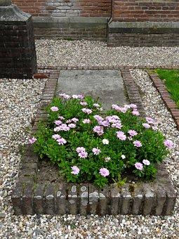 Grave, Wilhelm Solms, St Marys Chapel, Weldam