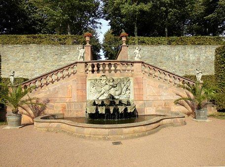 Lichtenwalde, Baroque Park, Fountain, Water Fountain