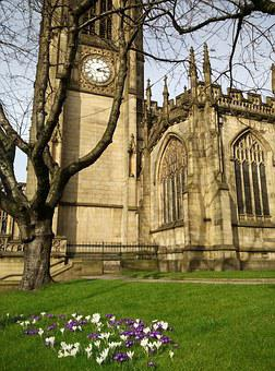 Manchester, Cathedral, Church, Crocus, Spring, England