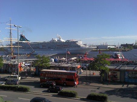 Hamburg, Cruise Ship Terminal, Port