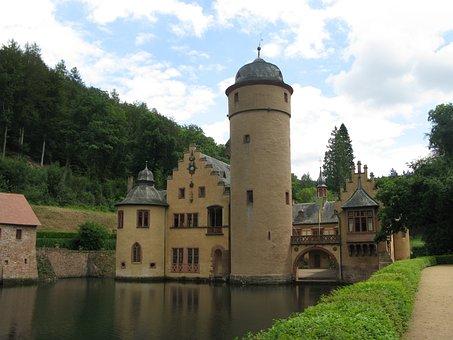 Wasserschloss Mespelbrunn, Spessart, Lake