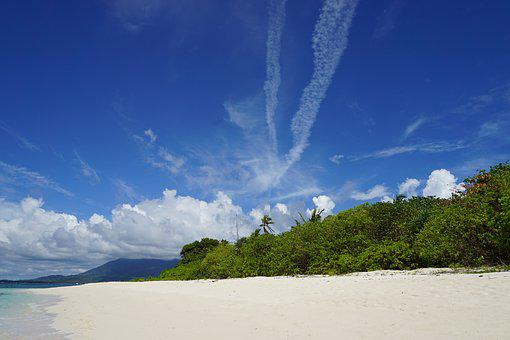 Secluded Beach, Clear Blue Sky, Quiet White Sand Beach