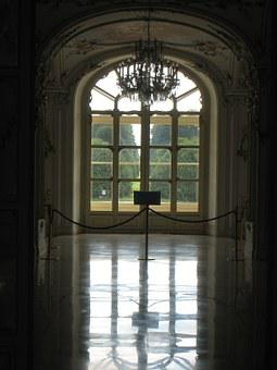 Fertőd, Esterhazy Castle, Lights, Mirror Image