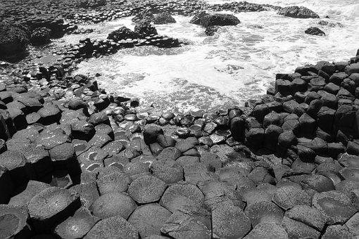 Ireland, Giant's Causeway, Sea