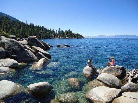 Tourist, Bolders, Lake Tahoe, California
