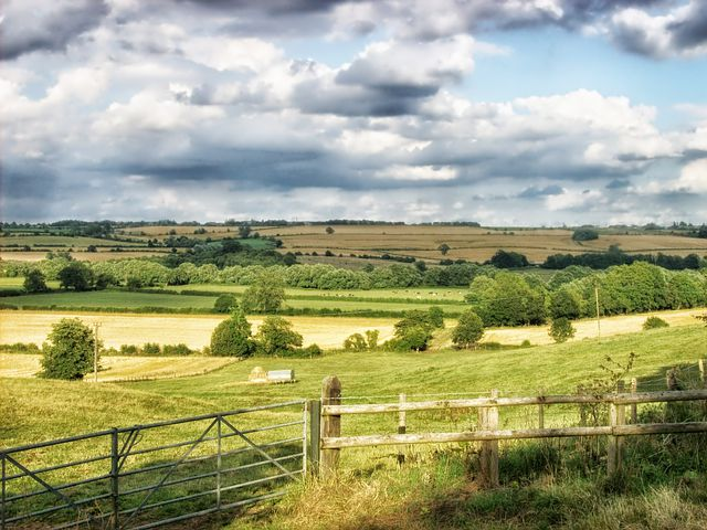 Middle Aston, England, Landscape, Scenic, Sky, Clouds