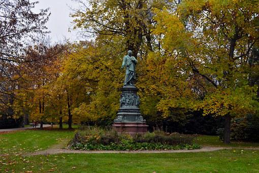 Statue, Bohemia, Czech Budejovice, Trees, Foliage