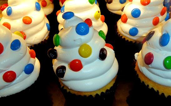 Cupcakes, Chocolate Drops, Whipped Cream, Sweet, Food