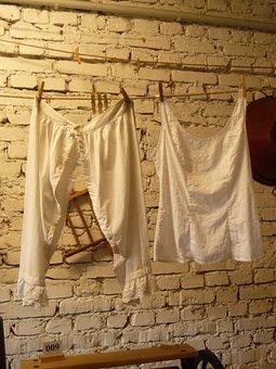 White Linen, Farm Museum, Love Killer