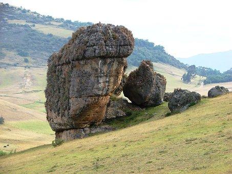 Monoliths, Stones, Tunjos