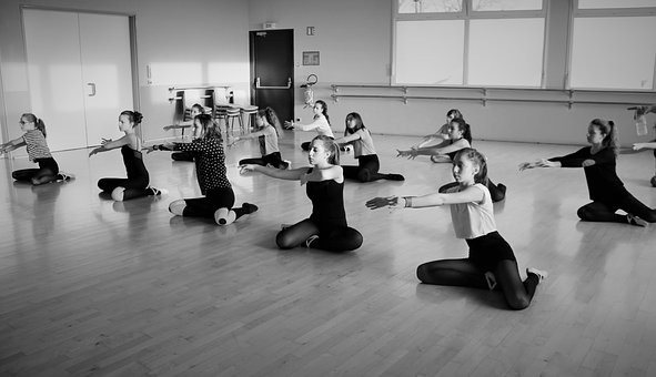 Association, Dancers, Arabesque