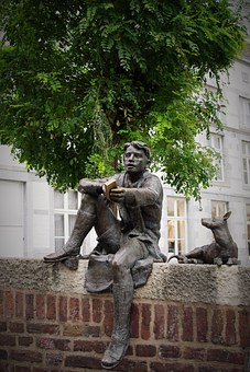 Sculpture, Bronze, Bookworm, Human, Statue, Art
