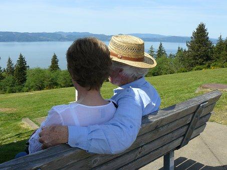 Couple, Astoria, Oregon, Columbia River, Pacific