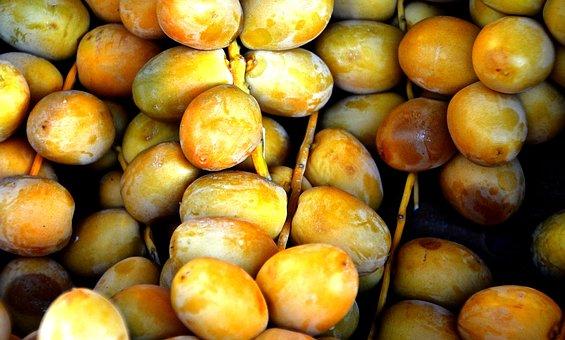 Tropical Fruit, Dates, Left Untreated, Market