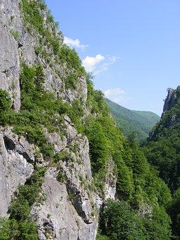 Cerna, Godeanu, Mountains, Retezat, Road, Travel