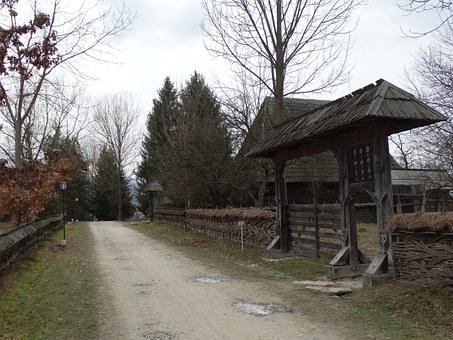 Gate, U, Maramures, The Village Museum
