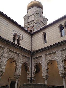 Italy, Mattei Castle, Rocchetta Mattei