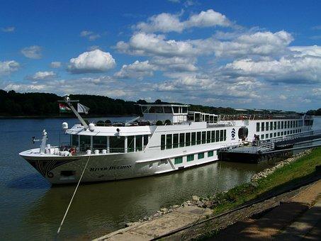 Luxury Boat, Danube, Ship Harbour Mohács