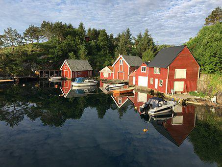 Reflection, Boats, Sea, Seahouse, Summer, Sky, Outdoors