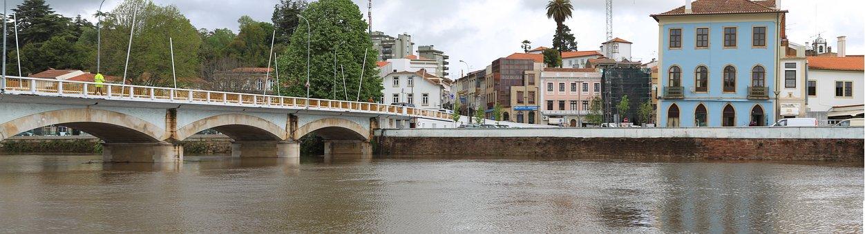 Bridge, River águeda, Portugal
