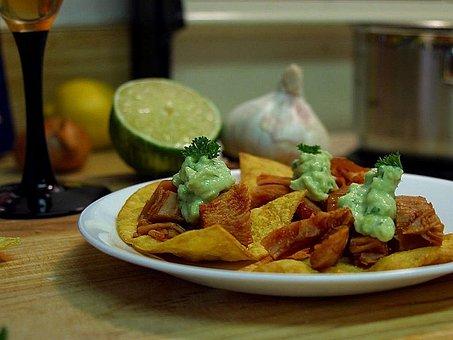 Kitchens, Garlic, Chips, Paltes, Limes, Nachos, Drink