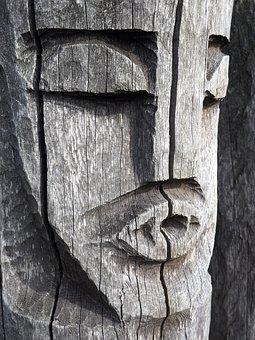Statue, Pagan, Drevena Statue