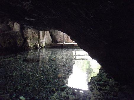 Navigable Cave, Wimsenerhoehle, Cave, Cave Entrance