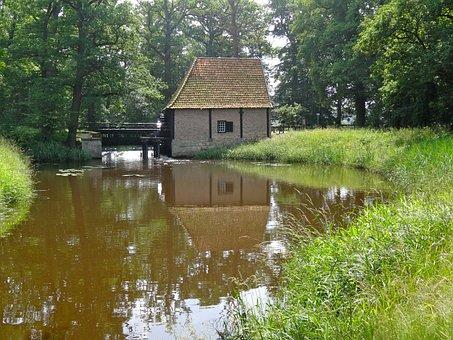 Noordmolen, Deldeneresch, Water Mill, Netherlands, Pond