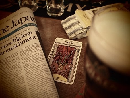 Tarot Cards, Newspaper, Irish Pub, Japan, Table, Cards