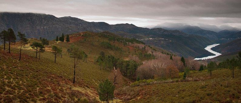 Soajo, Rio Lima, Portugal, Landscape, Rive, Mountain