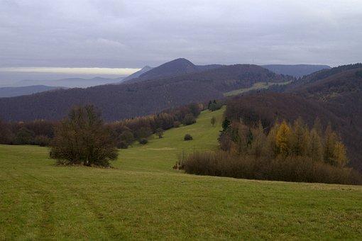 Slovakia, Strážov Mountains, Mountains, Meadow, Clouds