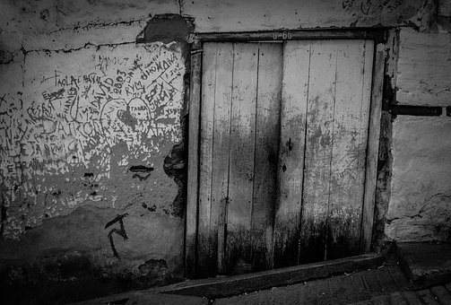 Wear, Graffiti, Door, Old, Old Building, Wood, Portal