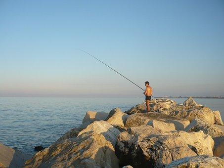 Italy, San Benedetto Del Tronto, Fisherman
